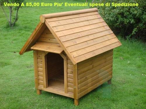 Cuccia per cani in legno di abete ideale da esterno taglia for Cucce per cani da esterno coibentate